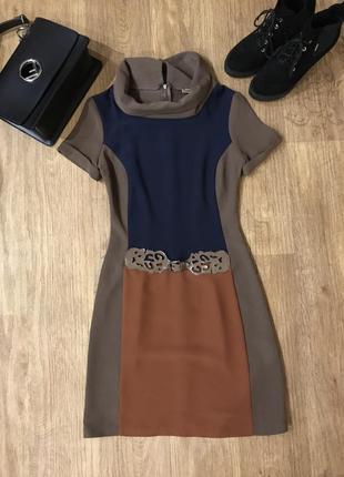 Новое строгое платье