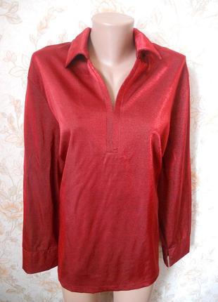 Красивая блуза красного цвета с блеском. 56-58 р-р