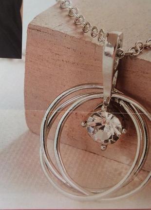 Подвеска на цепочке с кристаллом сваровски