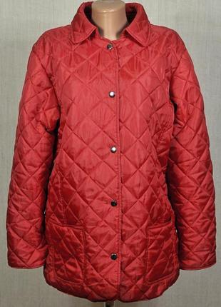 Куртка деми стеганная,красная куртка весна рр42 евро