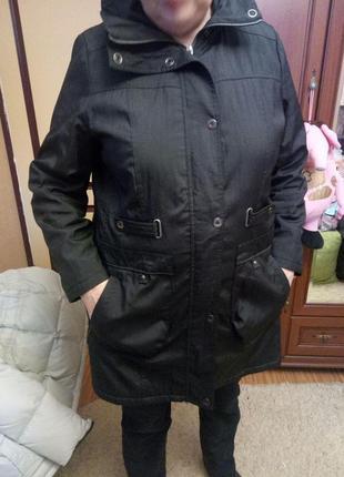 Отличная демисезонная курточка, 18 размер