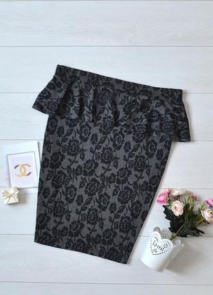 Красива юбка карандаш з баскою dorothy perkins.