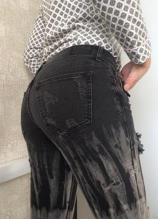 Крутые серые рваные джинсы/укороченные зауженные джинсы/средняя посадка