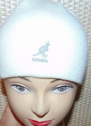Стильная фирменная зимняя шапочка шапка kangol