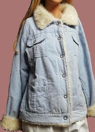 Крутая теплая куртка парка  голубого небесного цвета с мехом