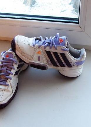 Кроссовки размер 34 фирма adidas. состояние новых1