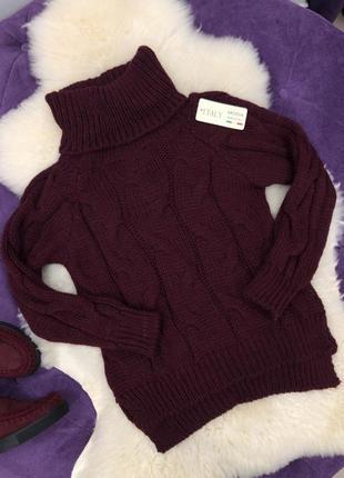 Стильный теплый вязаный свитер косичкой в наличии италия