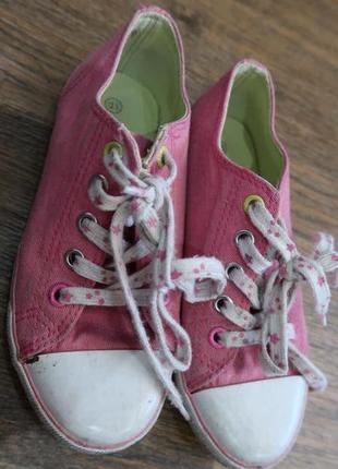 Текстильные розовые кеды