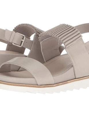 Кожаные босоножки сандали tahari 38,5-25,5 см. оригинал