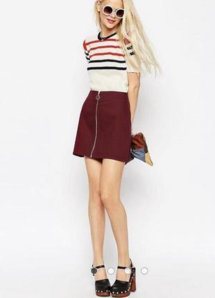Бордовая юбка трапеция с молнией спереди и кольком на высокой талии