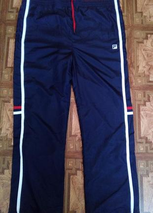 Спортивные брюки fila  размер l.