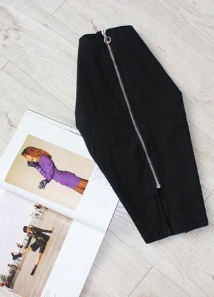 Красивая черная юбка карандаш миди замок молния спереди кольцо разрез 10 м
