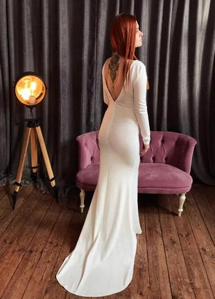 Шикарное макси платье со шлейфом от missguided
