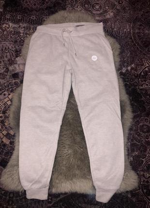 Спортивні штани 550 грн