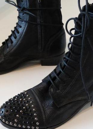 Кожаные ботинки италия
