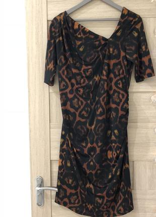 Платье звериный принт