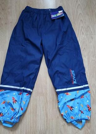 Прорезиненные штаны дождевик на мальчика 6-8 лет. утеплитель флис.