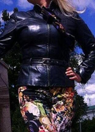 Кожаная куртка. жекет . пиджак . италия