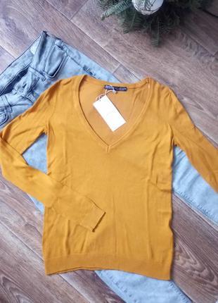 Пуловер с v-вырезом bershka