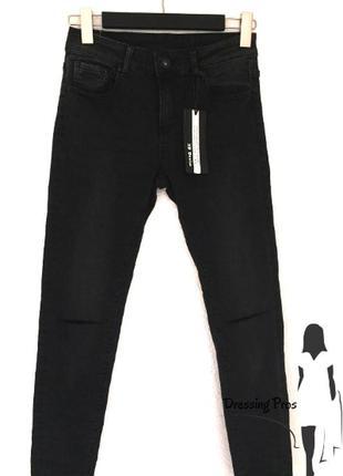 Джинсы 3d denim черного цвета с разрезами на коленях (италия)4 фото