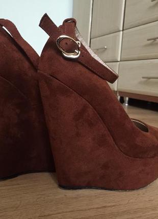 Туфлі на платформі elmira
