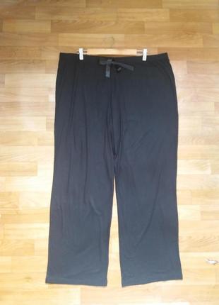 Черные трикотажные штаны для дома 56 размер