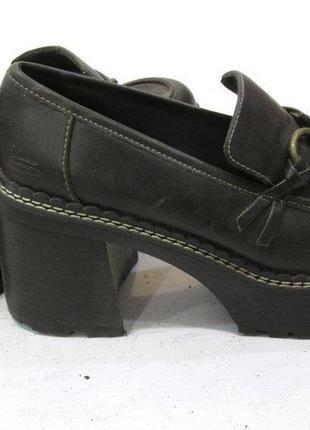 Кожаные туфли на тракторной подошве