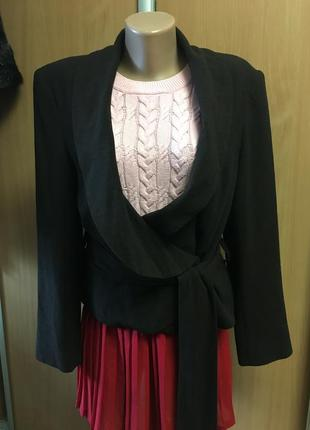 Жакет пиджак из мягкой вирджинской шерсти с поясом размер 12