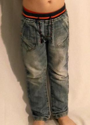 2256/0 джинсы на мальчика 4-5 лет на резинке