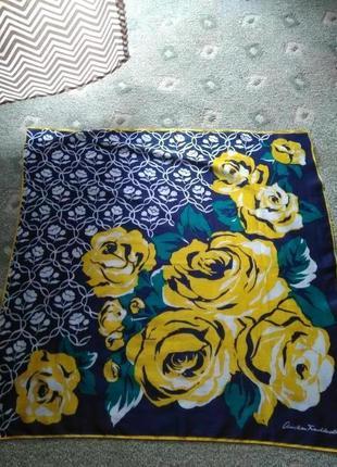 Красивый котоновый платок christian fischbacher