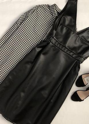 Роскошное кожаное платье миди french connection