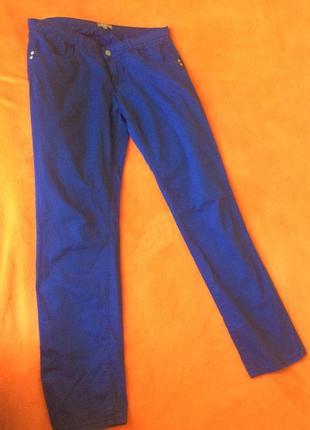 Штаны цвета электрик, ярко-синие брюки, синие штаны