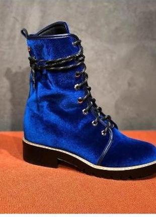 Бархатные шикарные ботинки