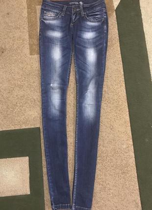 Стильные джинсы angelina mara