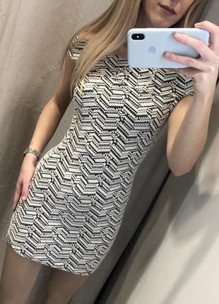 Облегающее платье mango