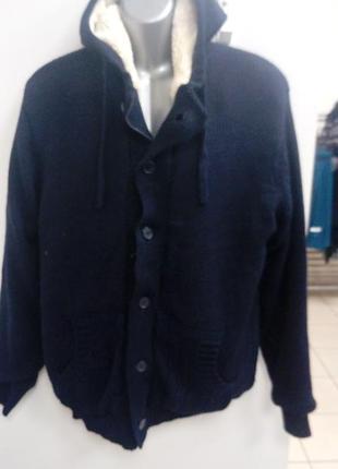Вязаная куртка на меху. livergi