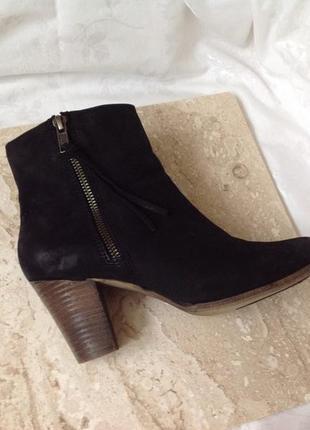 37 р./23,5 см. италия. шикарные фирменные кожаные ботинки venturini