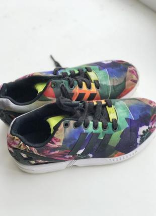Кроссовки adidas zx flux brazilian flora