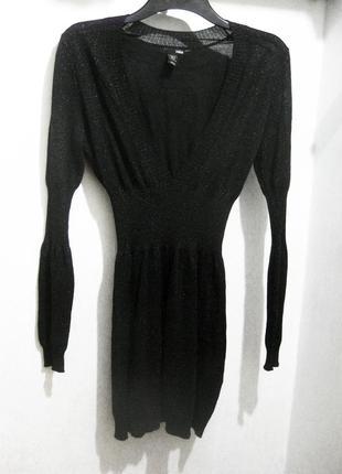 Вечернее платье h&m чёрное облегающее с декольте и люрексом блестящее обтягивающее h&m