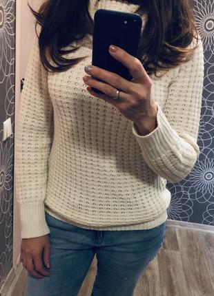 Тёплый свитер под горло benotti