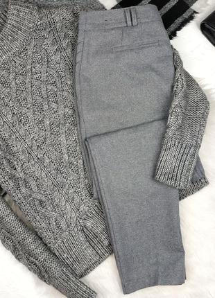 Классические брюки со стрелками средняя посадка