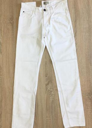Мужские белые джинсы от cubus