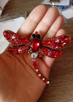 Большая красная брошь-стрекоза бренда mloveacc,в наличии все цвета