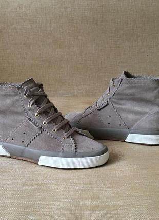 Замшевые ботинки, высокие кеды superga, 38 р. стан нових