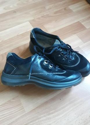 Кожаные туфли кроссовки hotter с gor-tex
