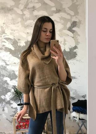 Нереально крутая оригинальная свитер-пончо на завязках