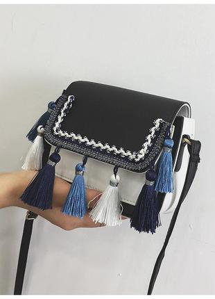 Новая c бирками роскошная сумочка с кисточками