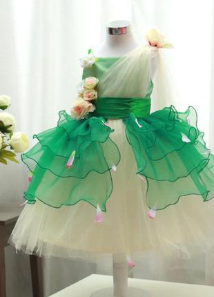 Нарядное платье 140-146