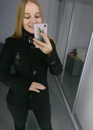 Актуальное шерстяное короткое пальто