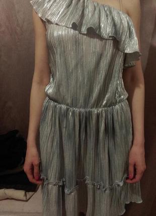 Платье серебряное